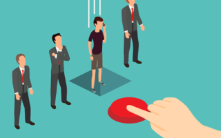 Правомерно ли хотят уволить из за хамства покупателя?