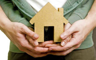 Могу ли зарегистрировать в квартире человека без разрешения жены?