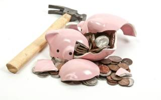 Имеет ли банк снимать деньги с зар платной карточки